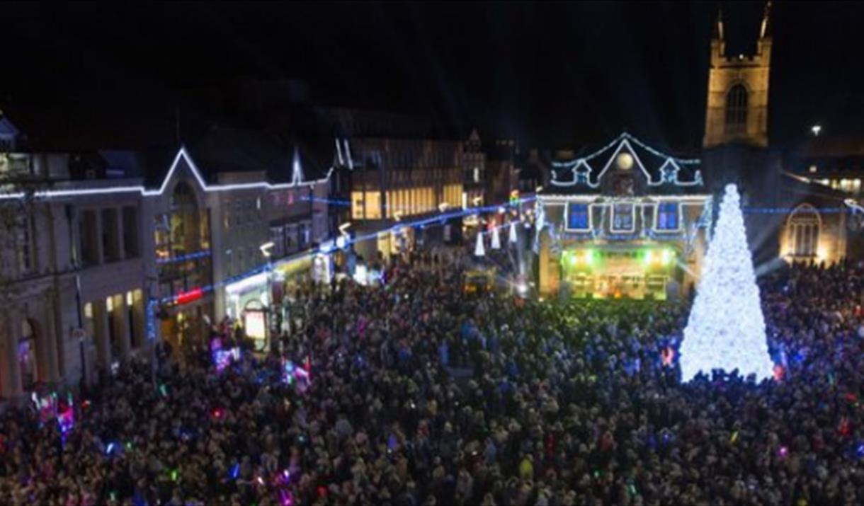 Peterborough Christmas Lights Switch On